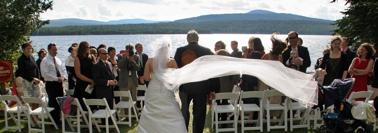 Wedding-at-Lake