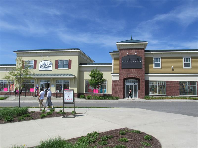 Tanger Outlets Near Quimby Country in Vermont